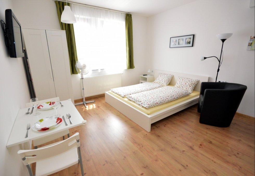 Zsolnay Apartment
